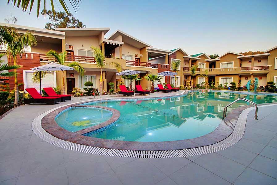 Maulik Mansion Resort